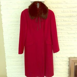 Red wool coat with removable brown faux fur collar